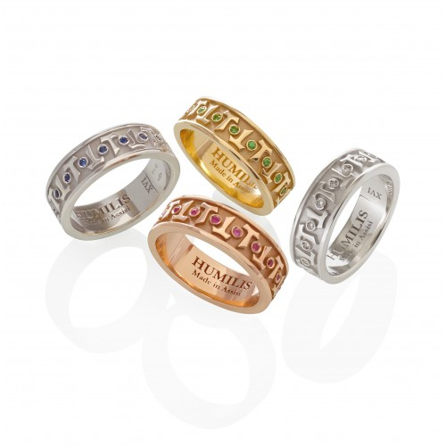 Humilis anello classico AERE in oro bianco
